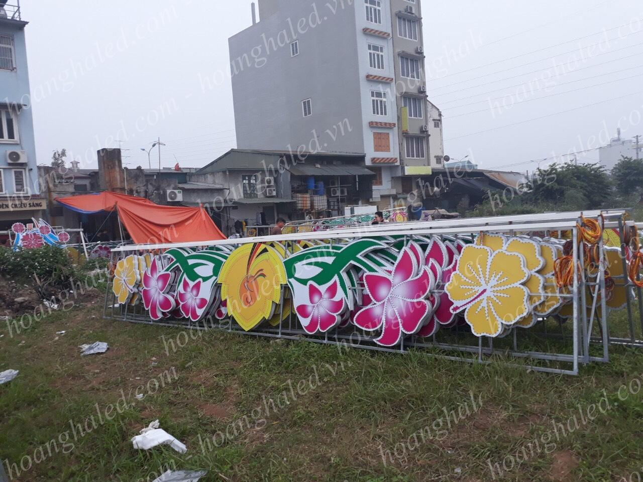 Hoàn thành Hoa văn trang trí đường phố