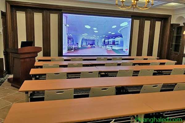 màn hình led phòng họp công ty